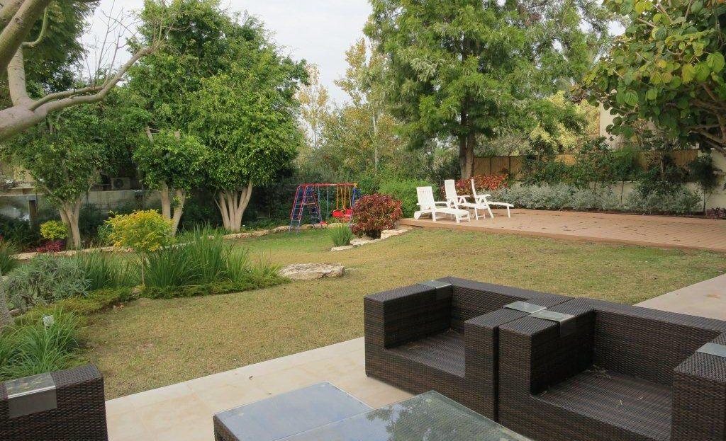 מערכת ישיבה בגינה