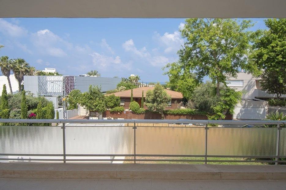 מבט ממרפסת הבית