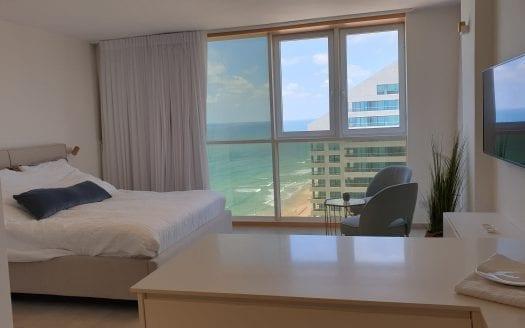 חדר השינה בדירה במלון דניאל